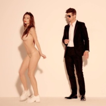 robin-thicke-blurred-lines-video-07